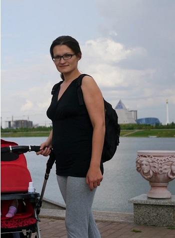 Фото девушки похудевшей после родов на 20 килограмм.
